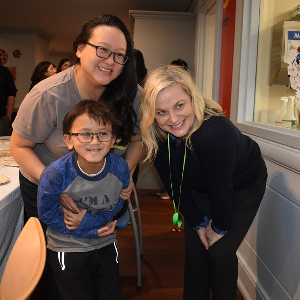 Amy Poehler Spreads Holiday Cheer